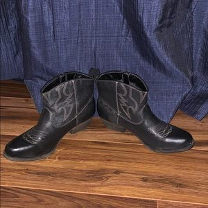 Mossimo Supply Co. Tassel Ankle Boots